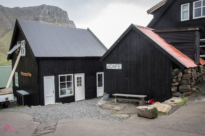 Auf dem alten Postweg nach Gásadalur