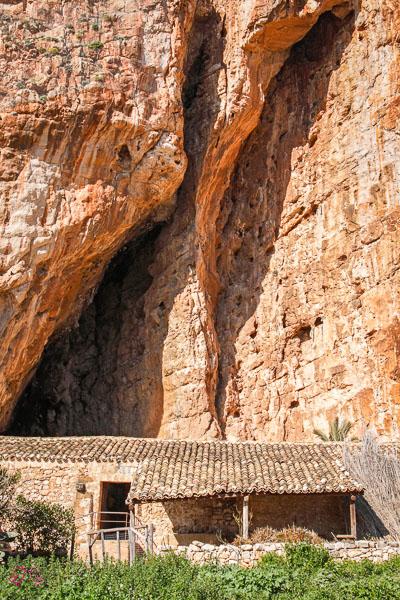 Grotta di Magiapane